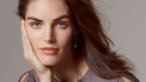 Hilary Rhoda Desktop