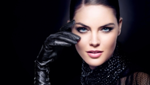 Hilary Rhoda Photos
