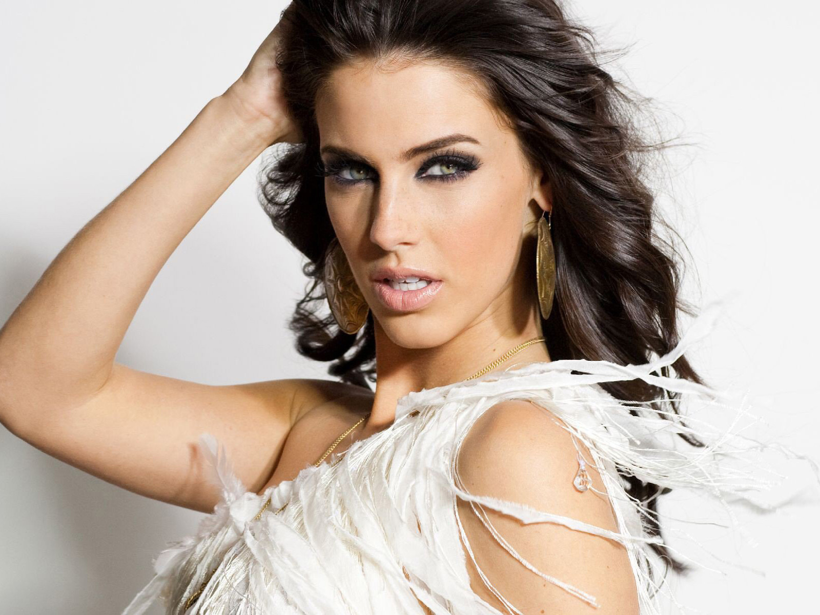 Jessica Lowndes HD Wallpaper