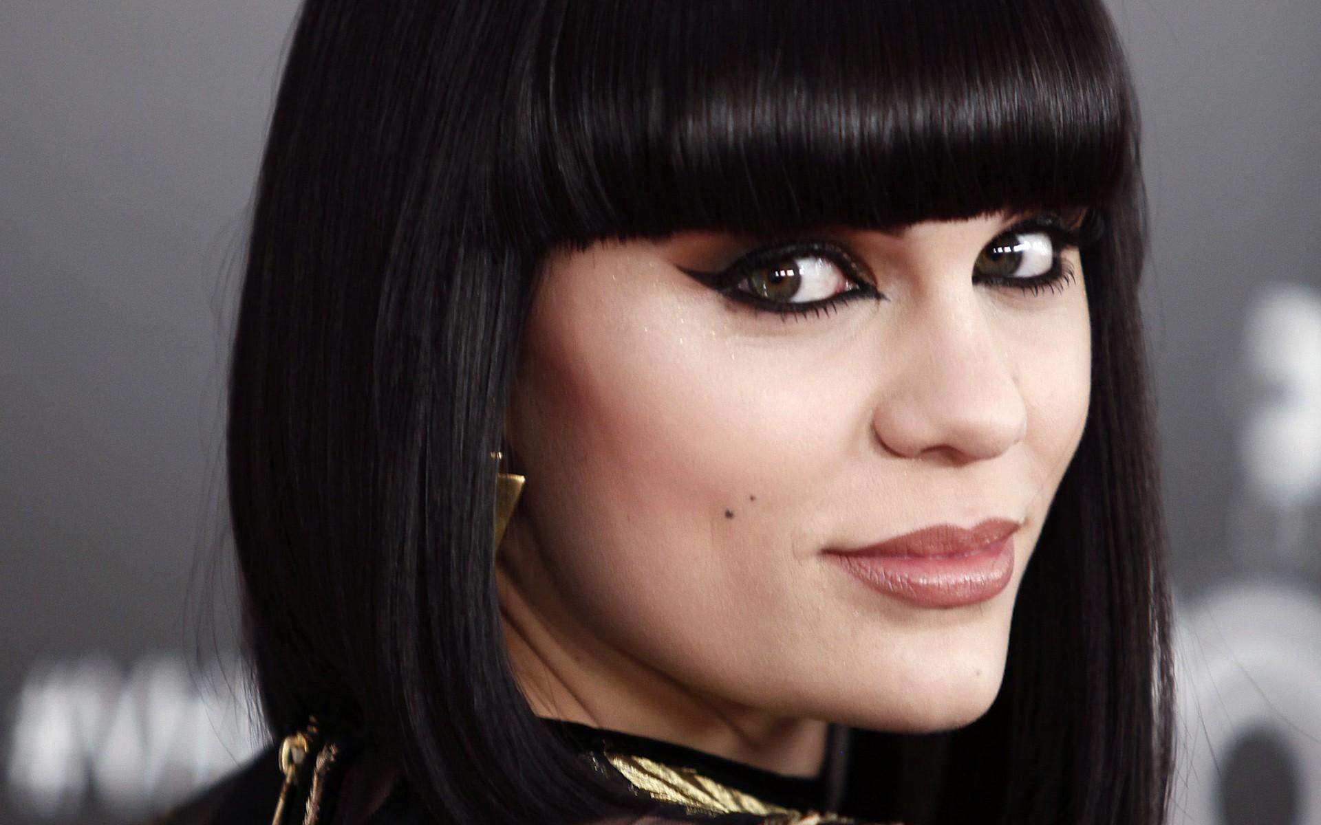 Jessie J Desktop