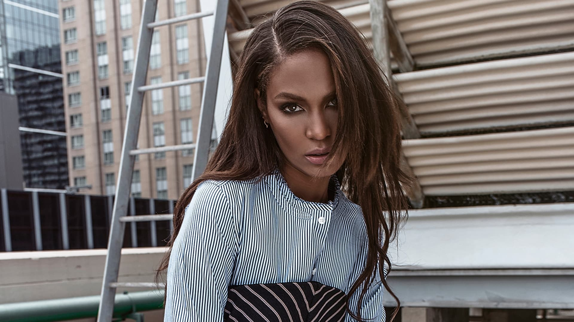 Joan Smalls High Definition Wallpapers