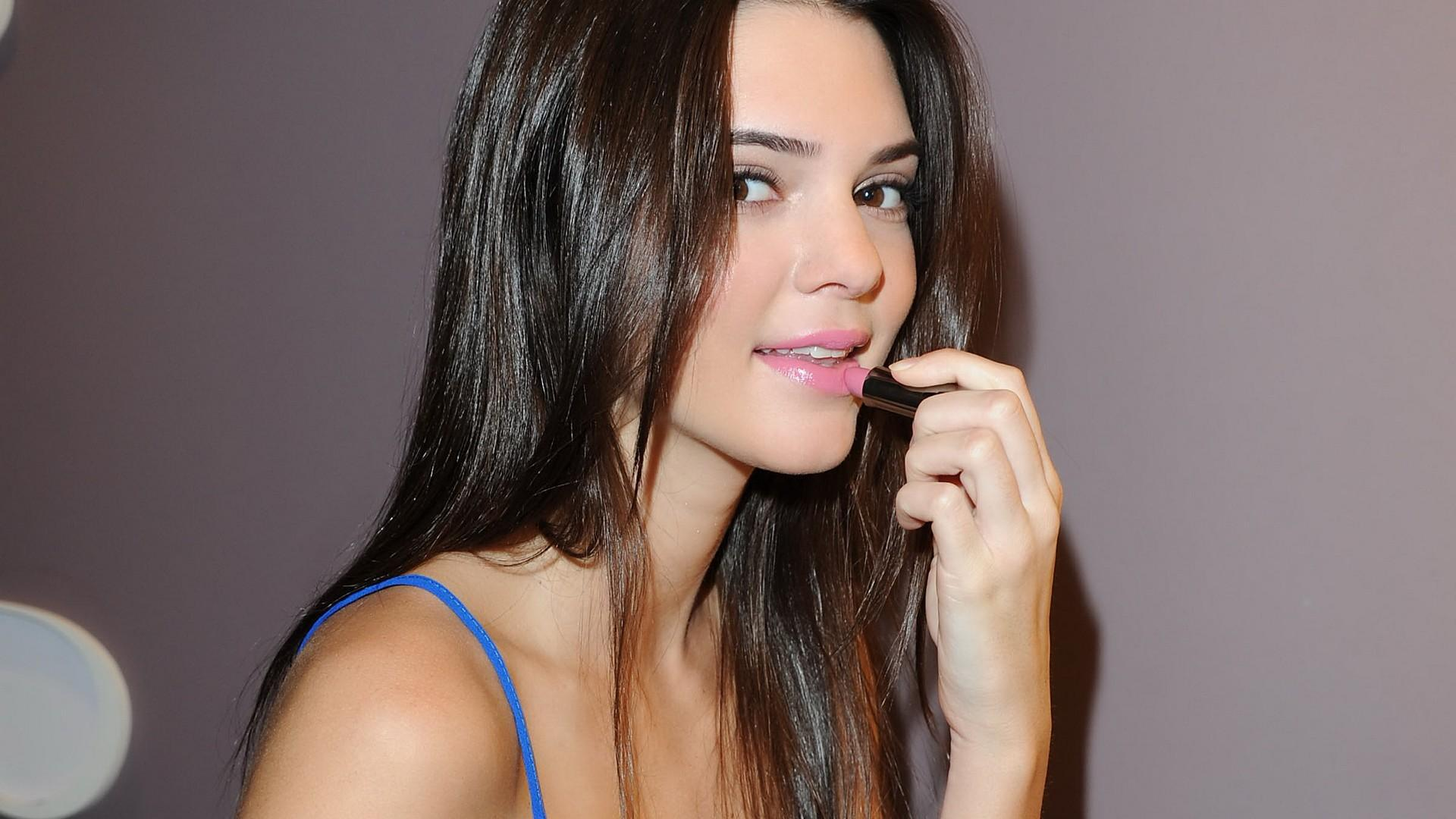 Kendall Jenner Download Free Backgrounds HD
