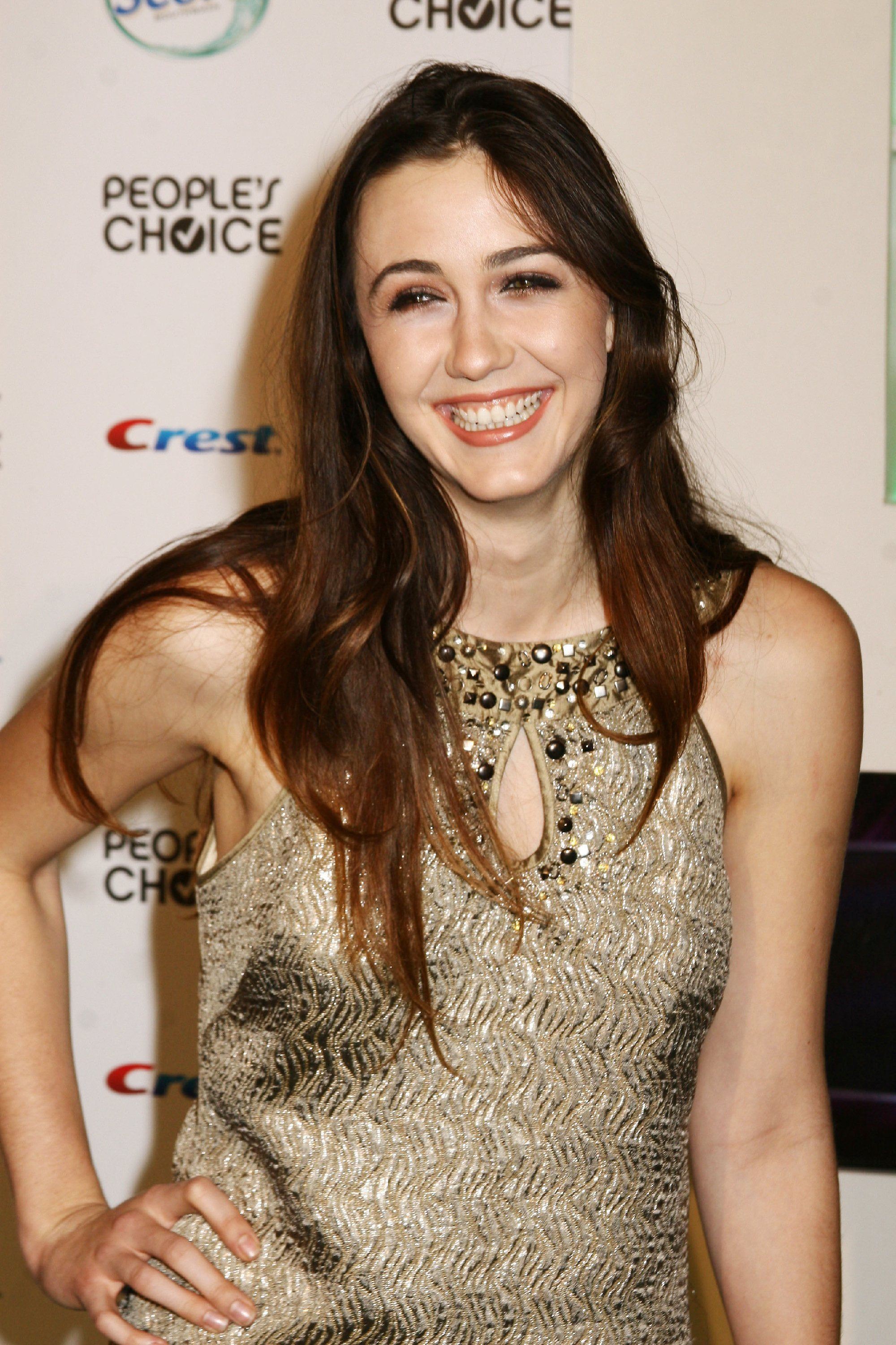 Madeline Zima Free Download Wallpaper For Mobile