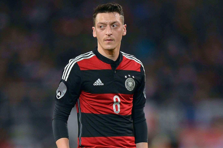 Mesut Ozil High Definition