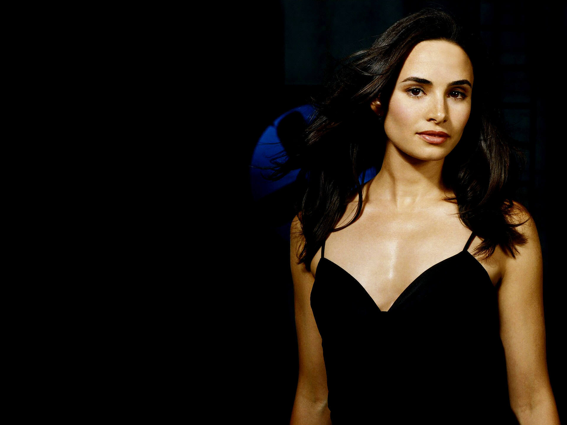 Mia Maestro Wallpaper