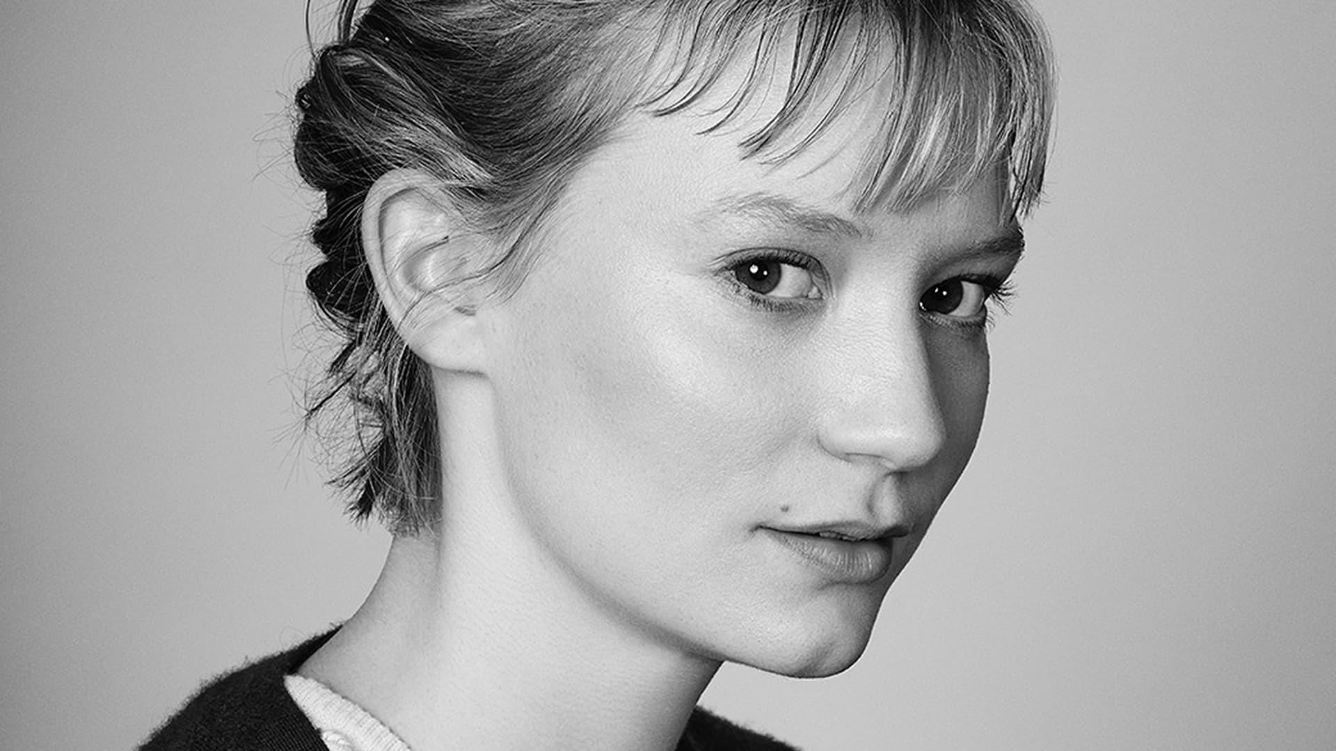 Mia Wasikowska Sexy Wallpapers