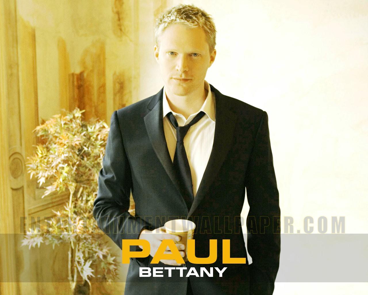 Paul Bettany For Desktop