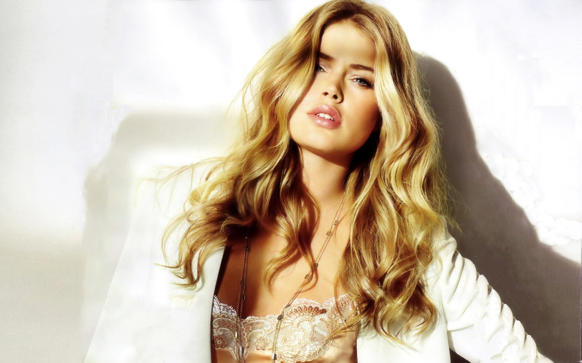 Photos Of Doutzen Kroes