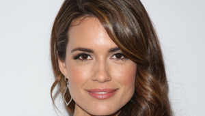 Pictures Of Torrey DeVitto