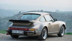 Porsche 930 HD Desktop