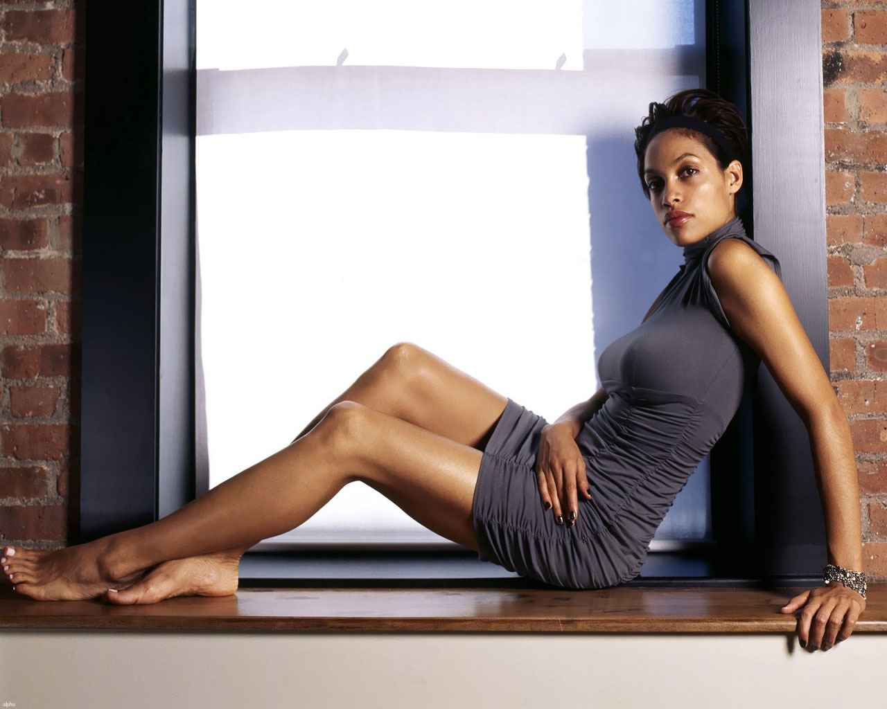 Rosario Dawson High Definition