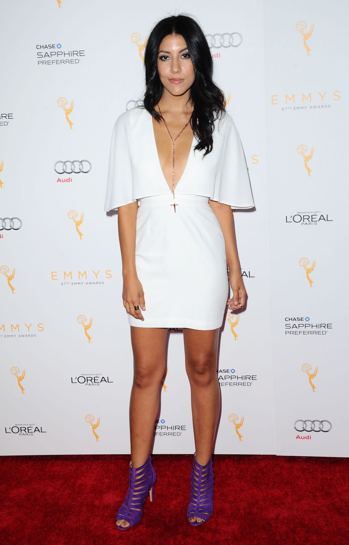 Stephanie Beatriz Iphone Images