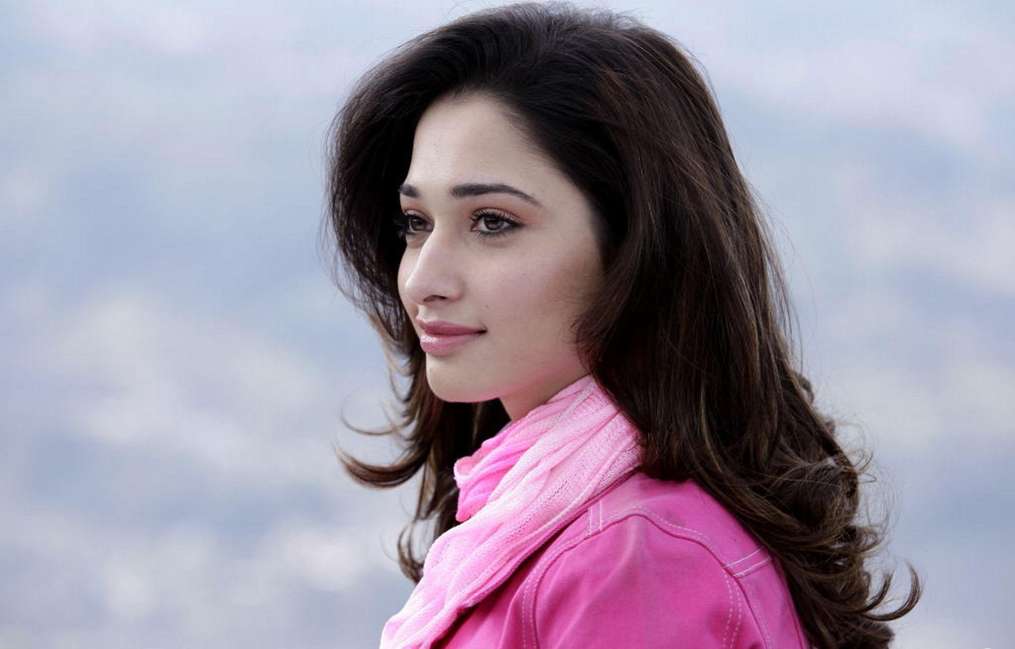 Tamanna Bhatia Widescreen