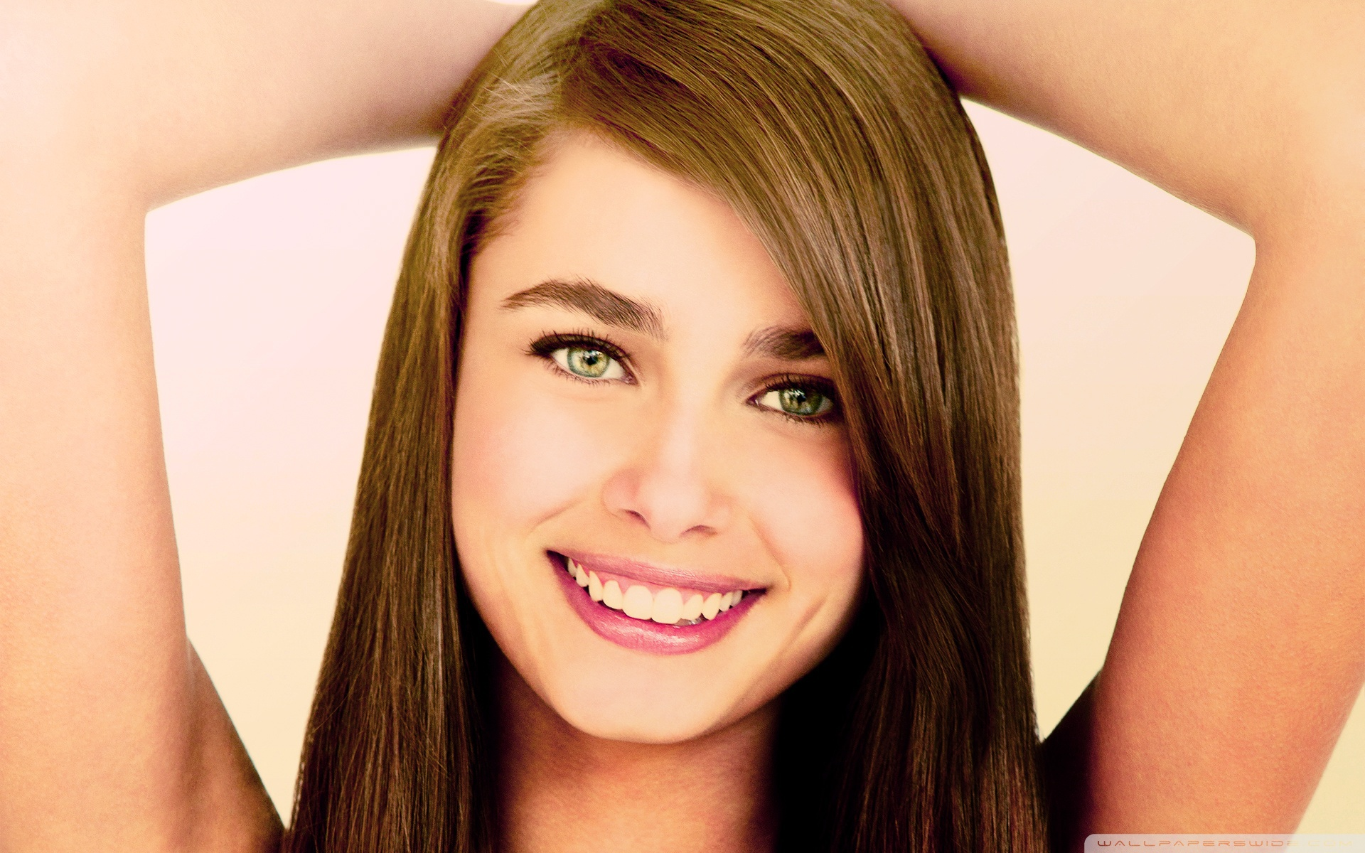 Taylor Marie Hill High Definition