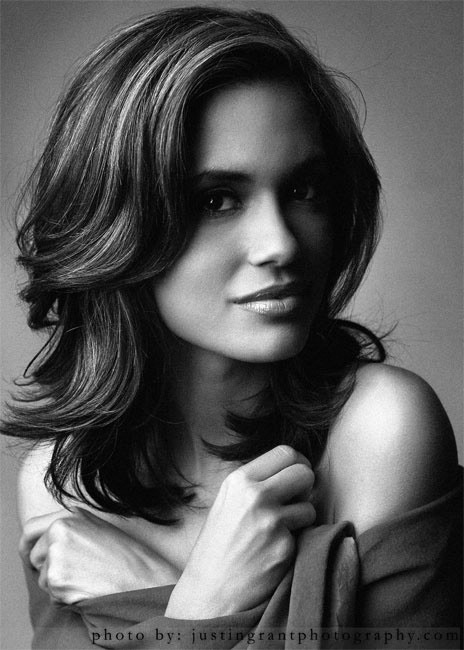 Torrey DeVitto Iphone Sexy Wallpapers