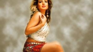 Ameesha Patel Widescreen