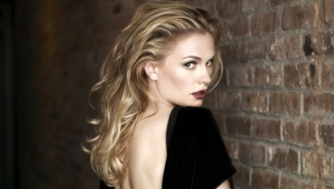 Anna Paquin High Quality Wallpapers