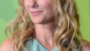 Anne Heche Android Wallpapers