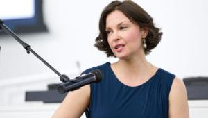Ashley Judd For Desktop