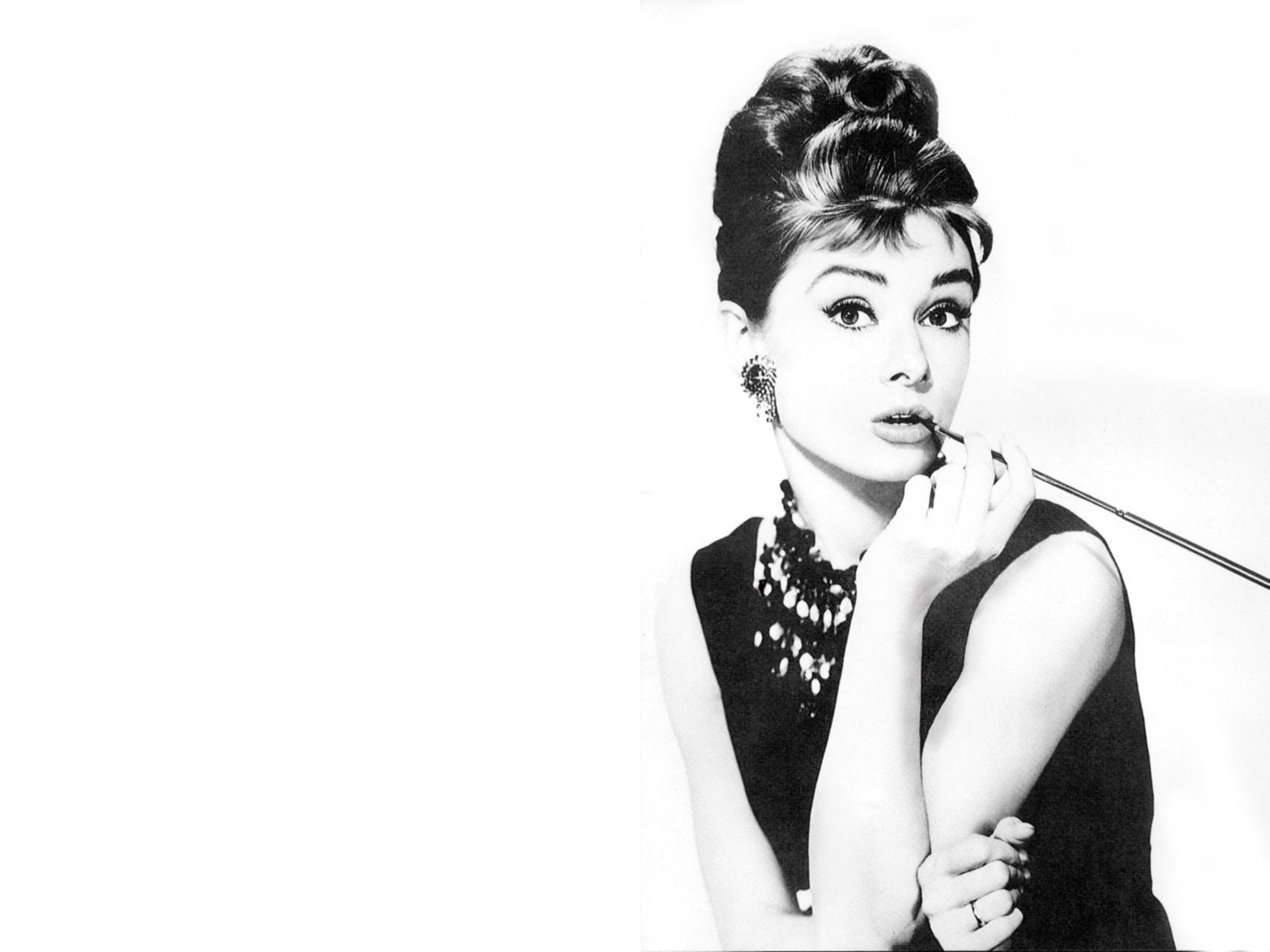 Audrey Hepburn Computer Wallpaper