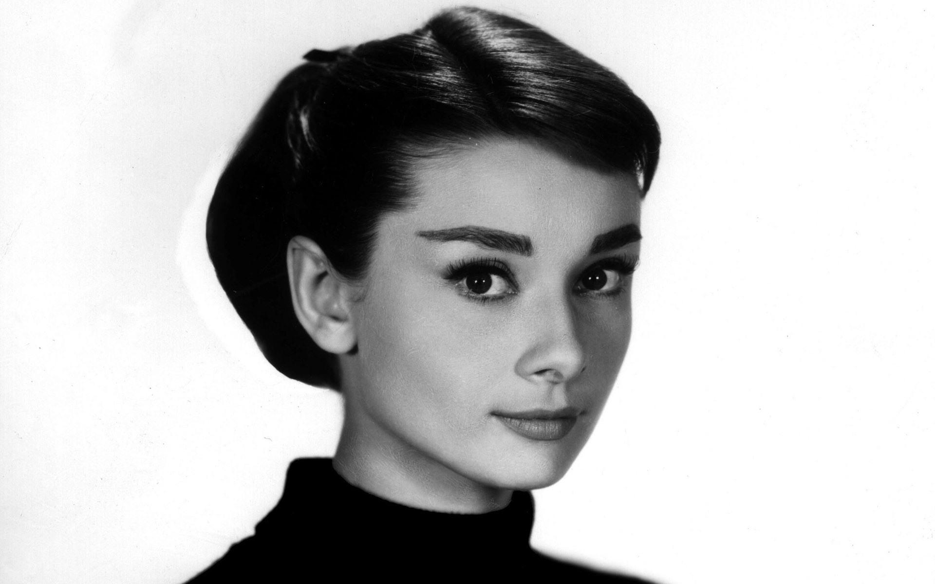 Audrey Hepburn High Quality Wallpapers