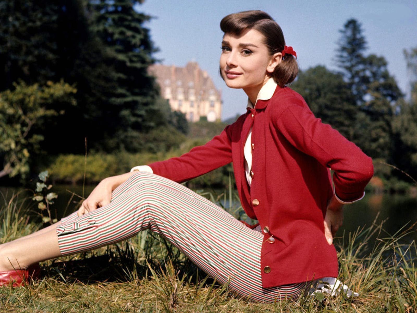 Audrey Hepburn Photos