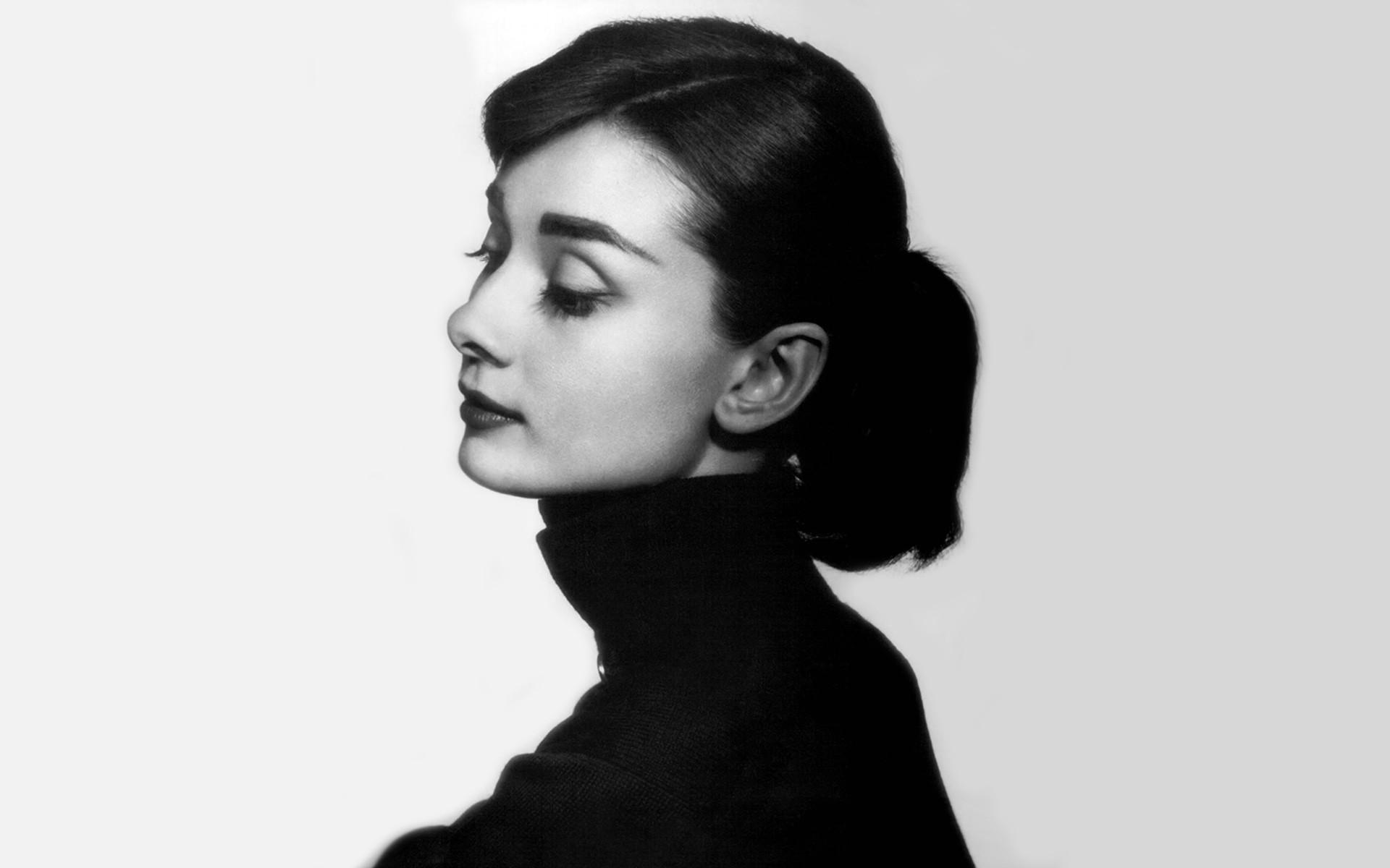 Audrey Hepburn For Desktop