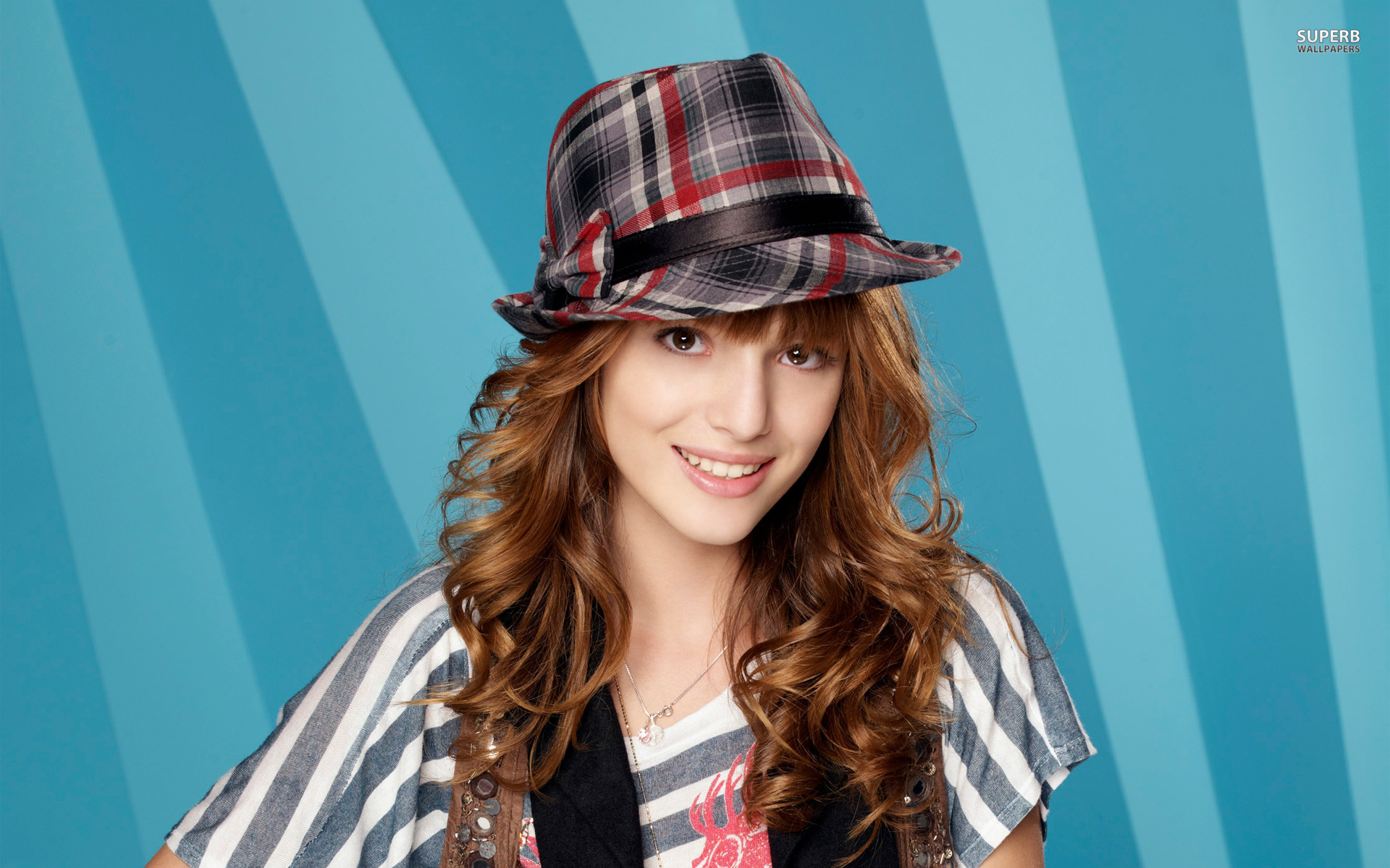 Bella Thorne Hd