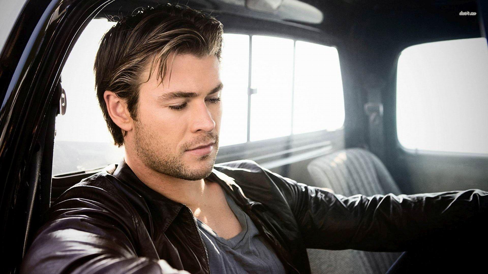 Chris Hemsworth High Definition Wallpapers