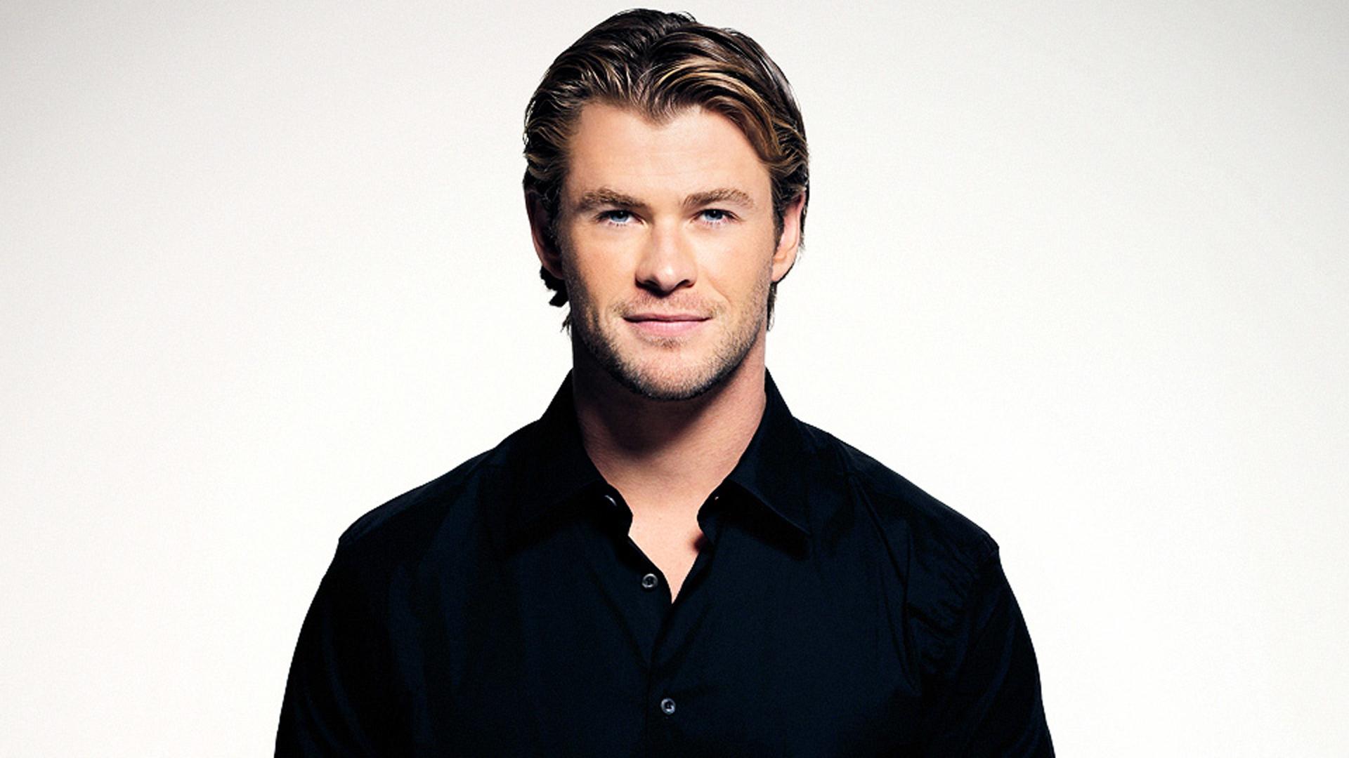 Chris Hemsworth High Quality Wallpapers