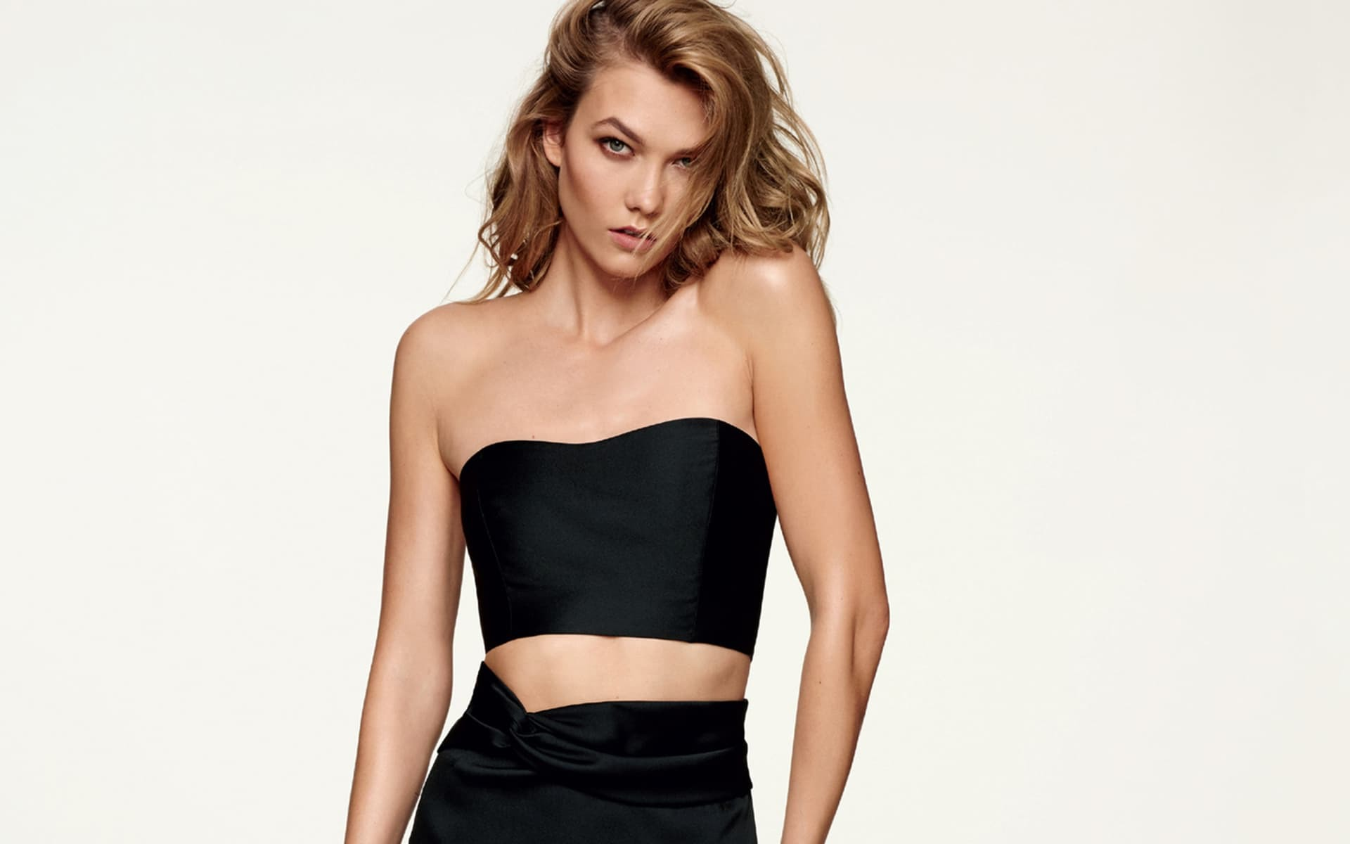 Karlie Kloss Wallpapers And Backgrounds