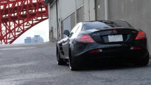 Mercedes Benz SLR McLaren For Desktop