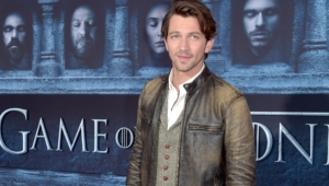 Michiel Huisman Hd Wallpaper