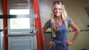 Nicole Curtis Photos
