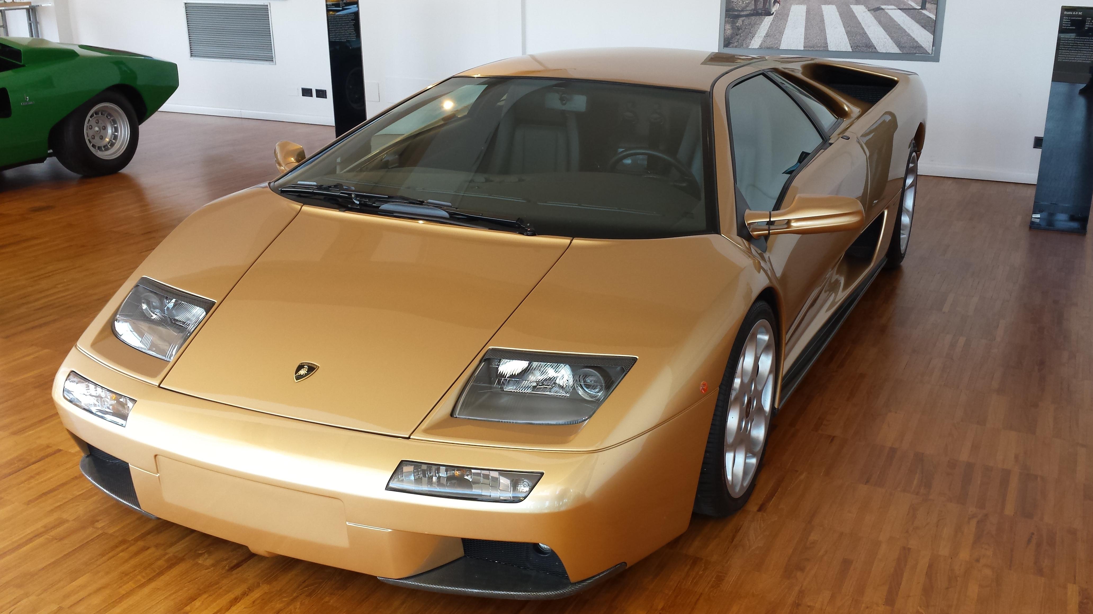 Pictures Of Lamborghini Diablo