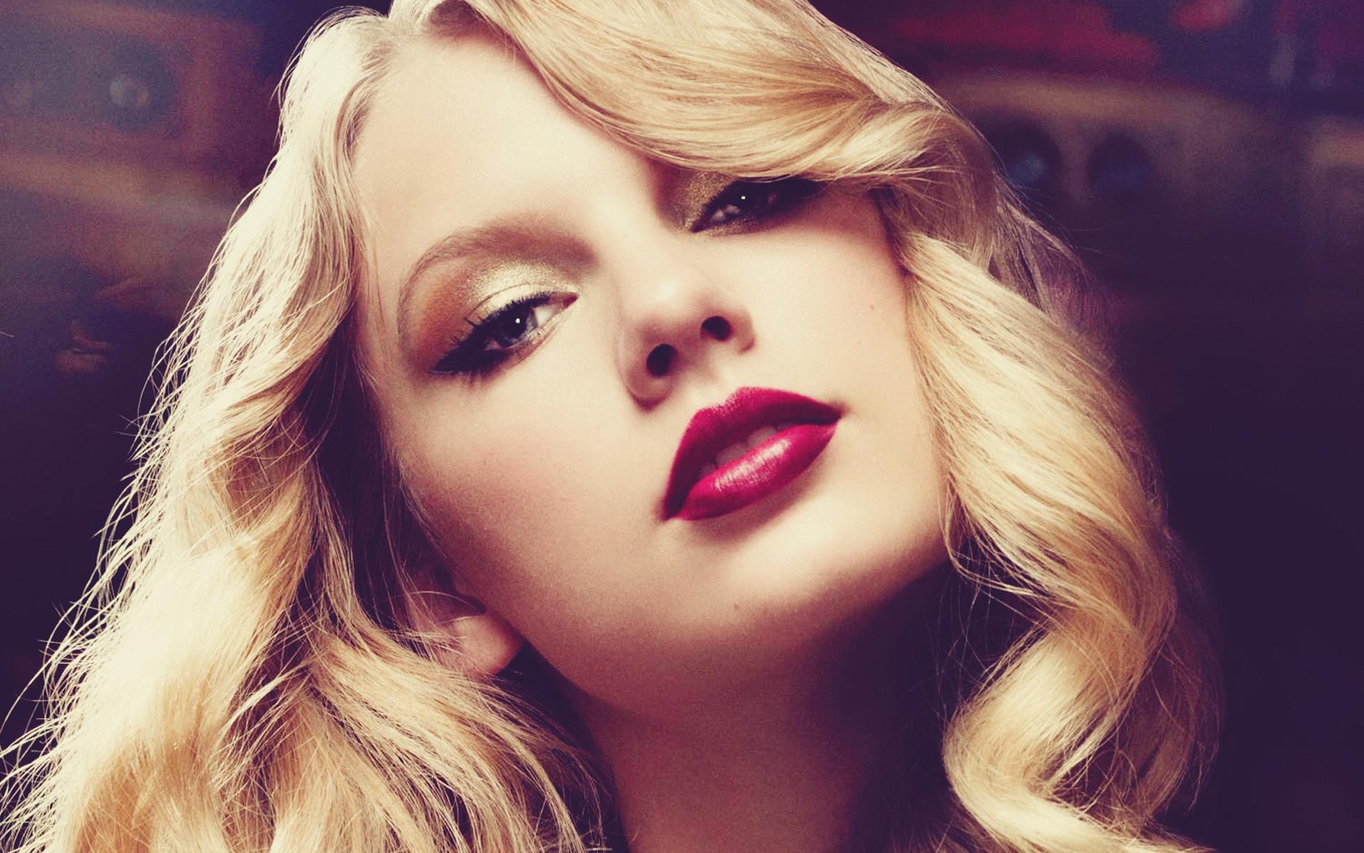Taylor Swift Wallpaper...