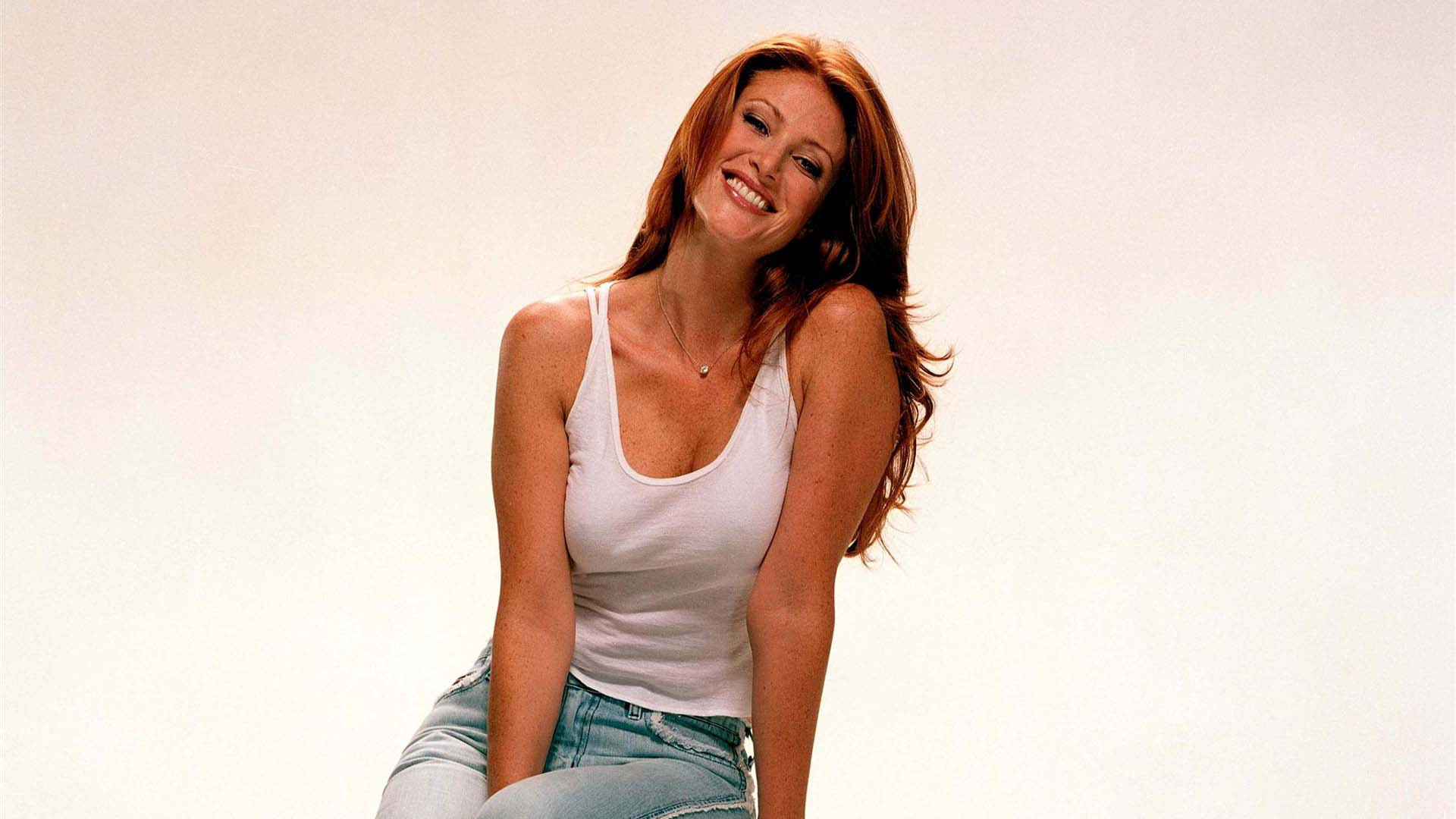 Angie Everhart High Definition