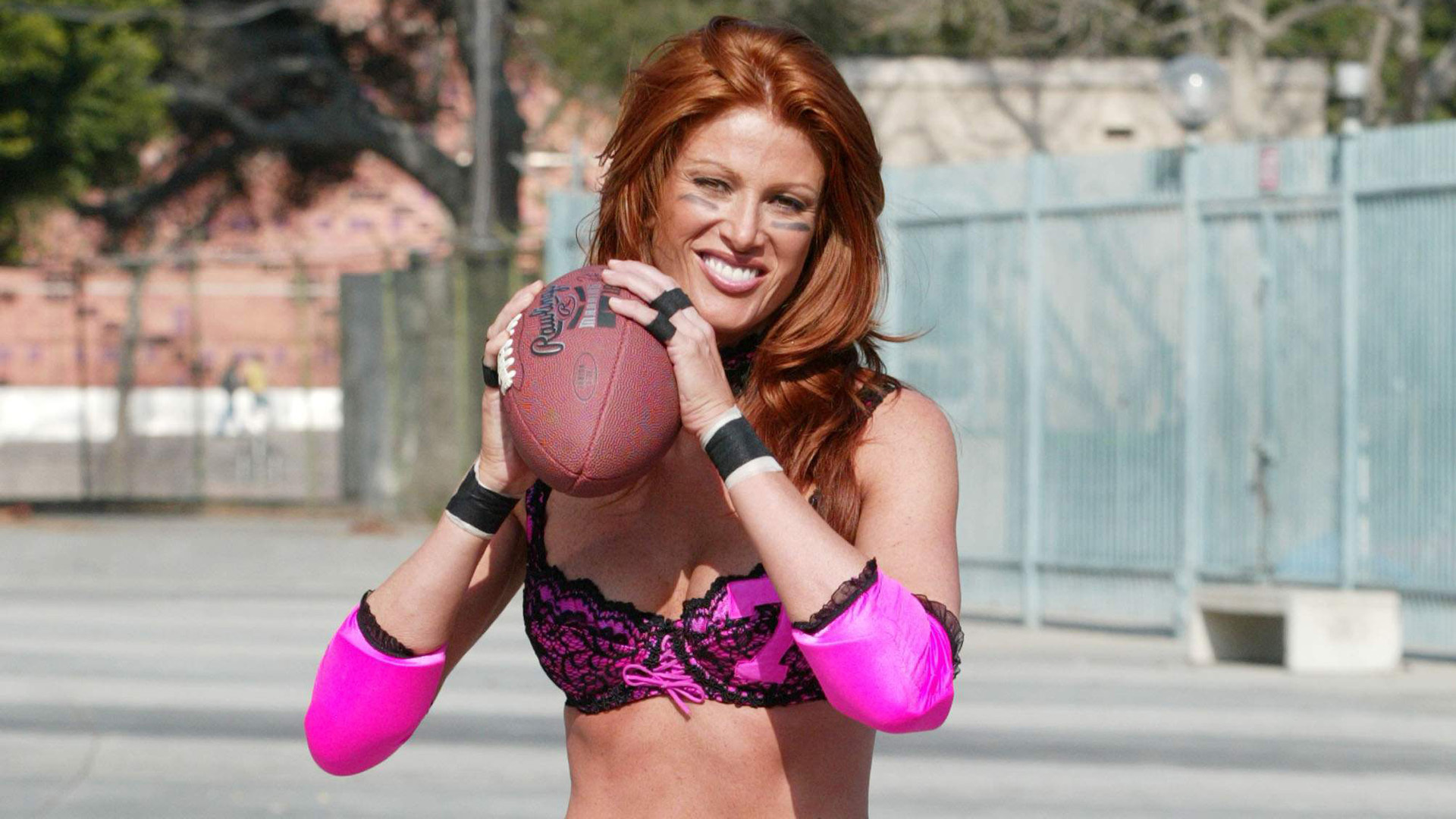 Angie Everhart Photos