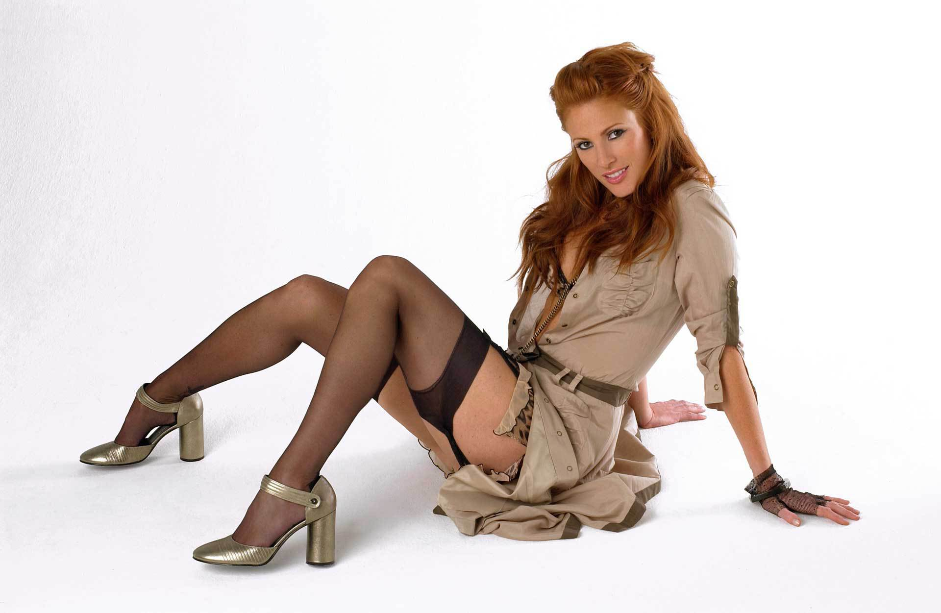 Angie Everhart Wallpapers HD