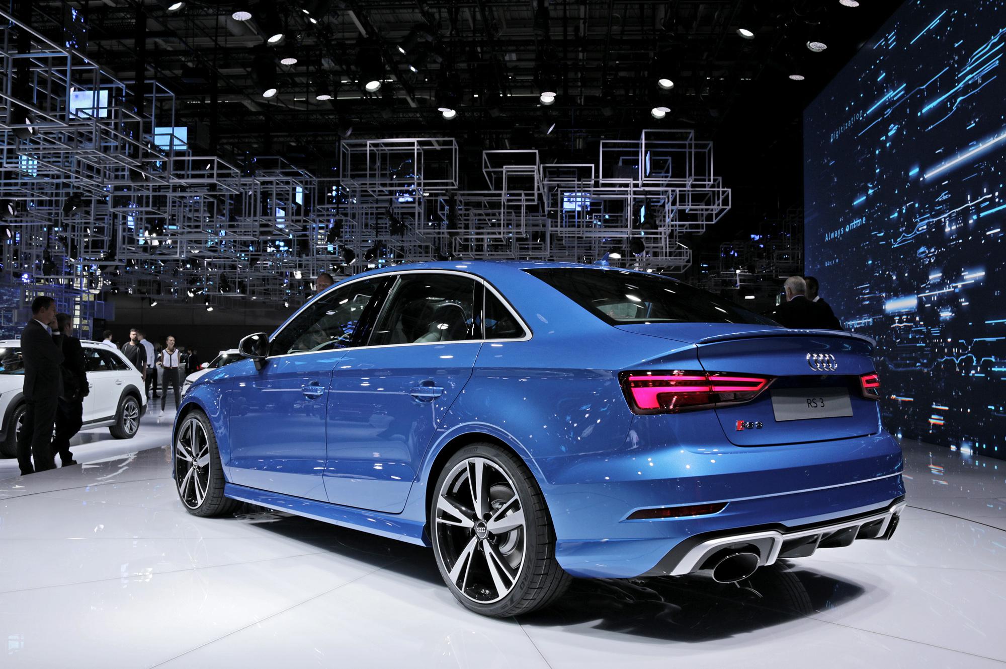 Audi RS 3 Desktop Wallpaper