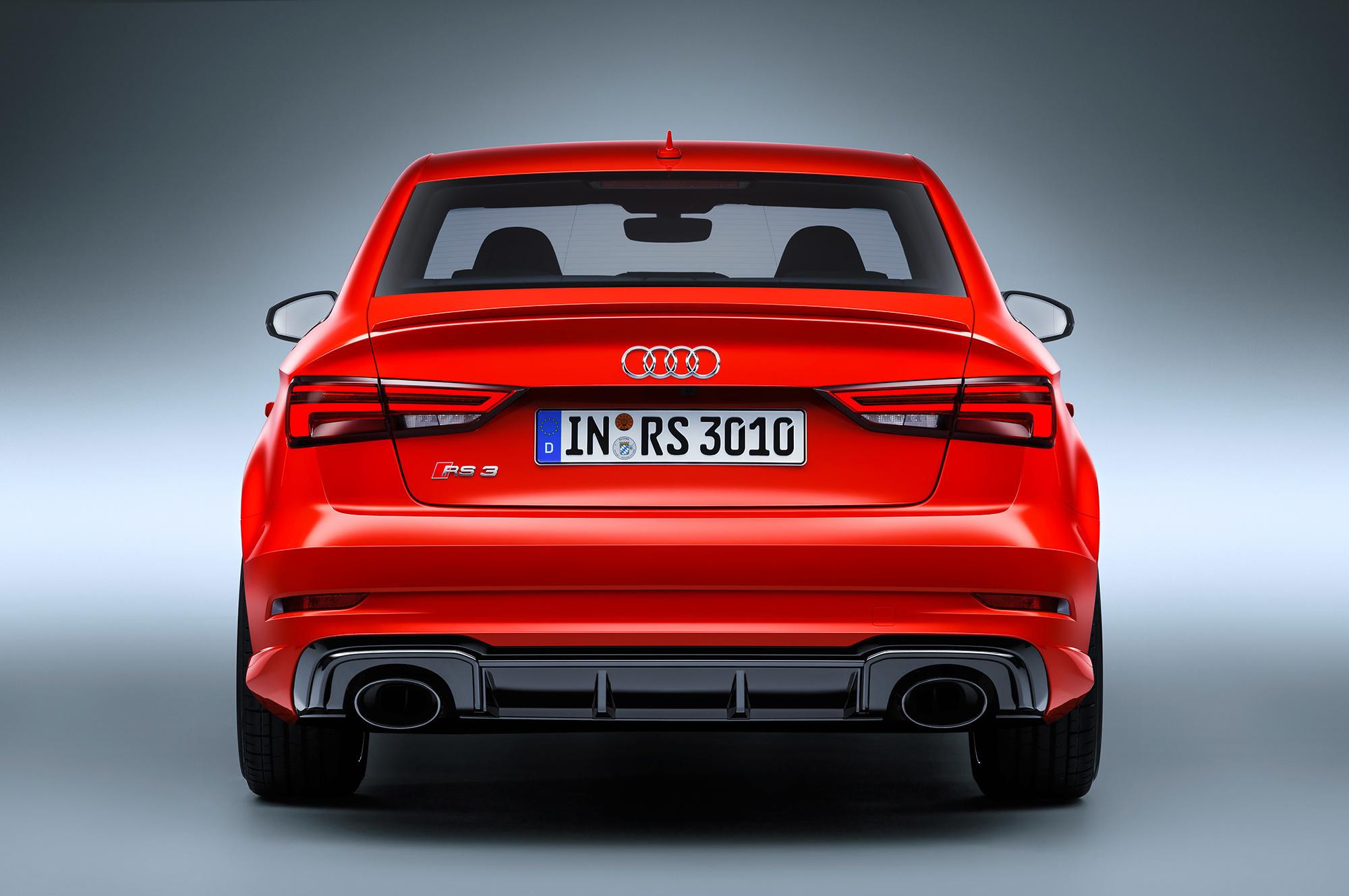 Audi RS 3 Wallpaper