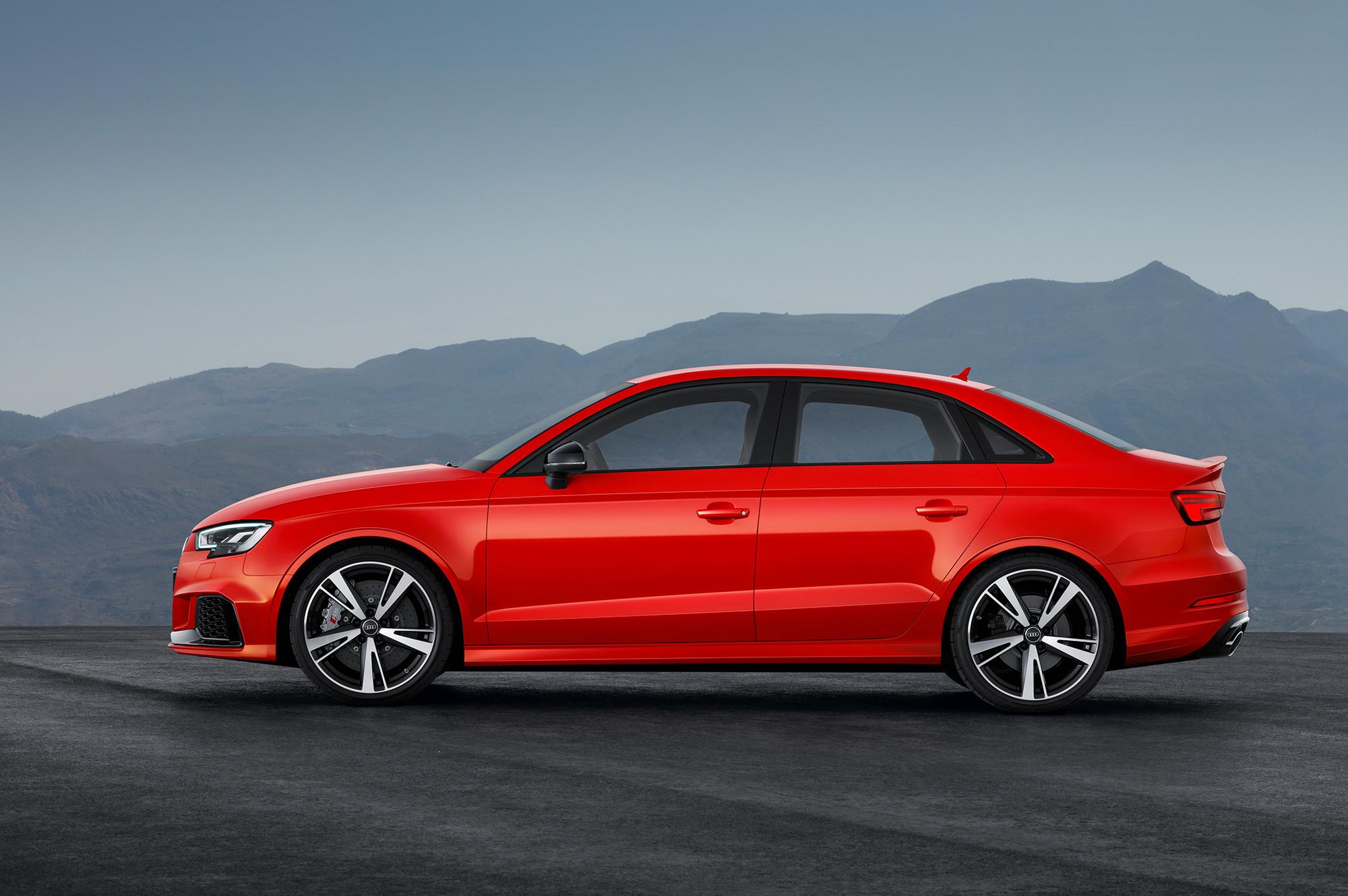 Audi RS 3 Widescreen