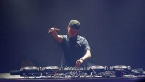 Avicii High Definition Wallpapers