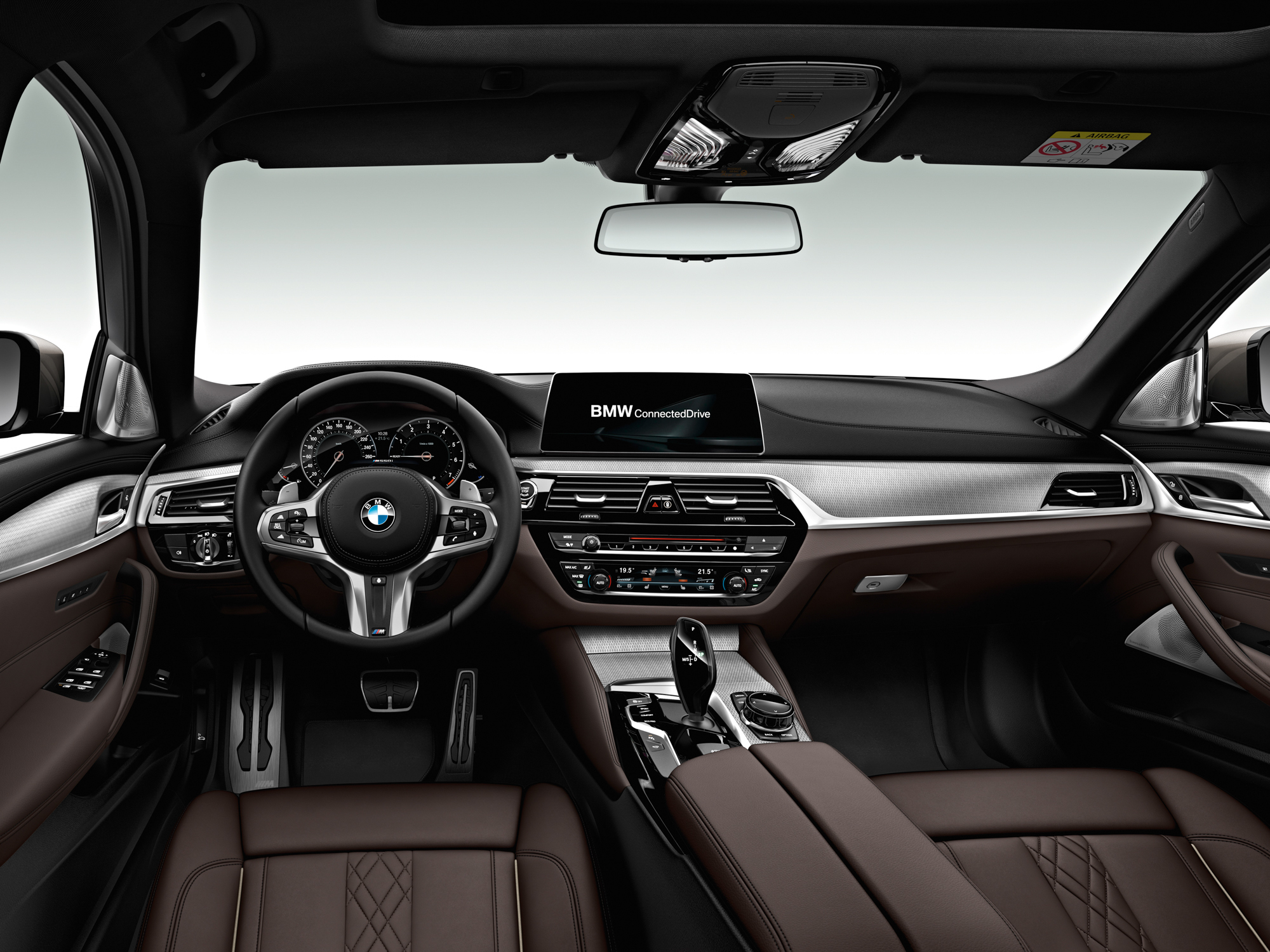 BMW 540i 2017 Photos