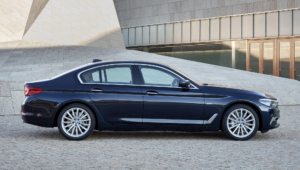 BMW 540i 2017 Pictures