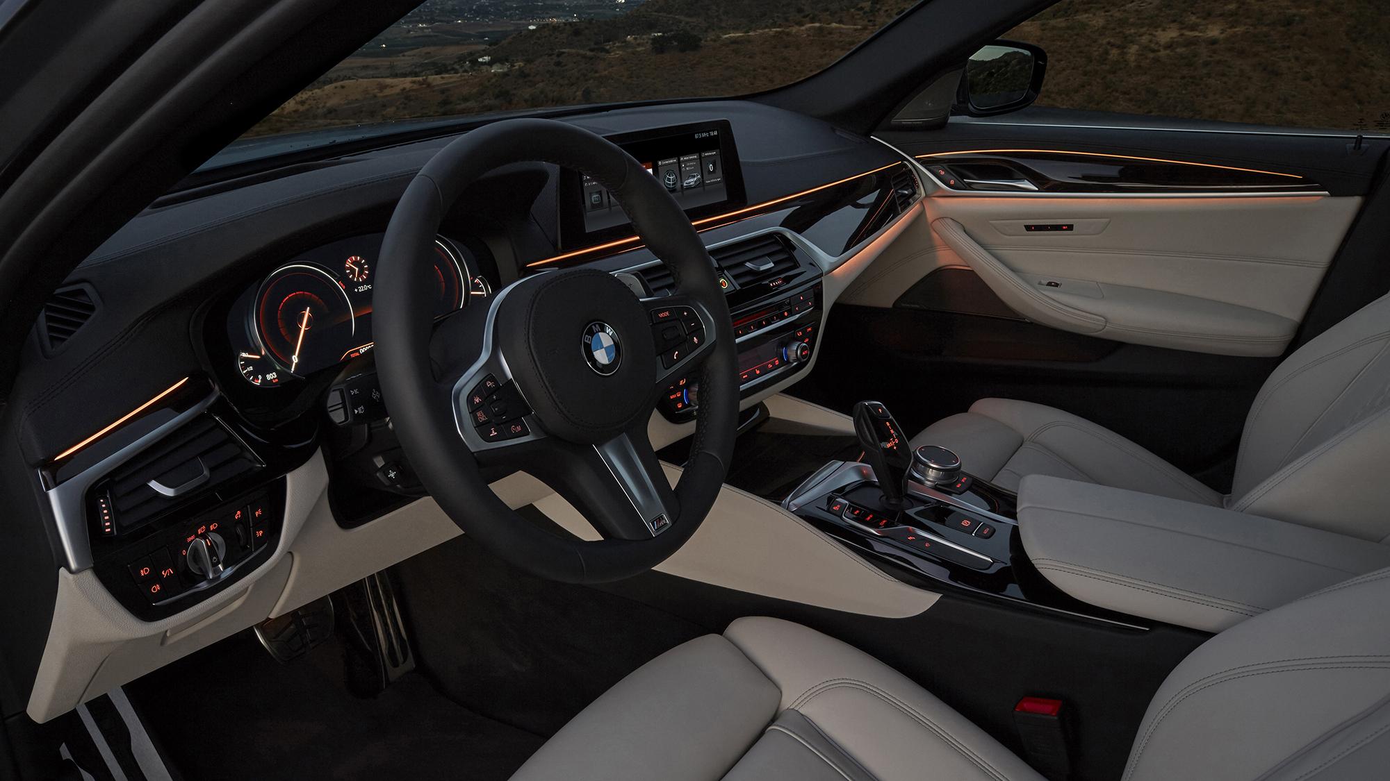 BMW 540i 2017 For Deskto