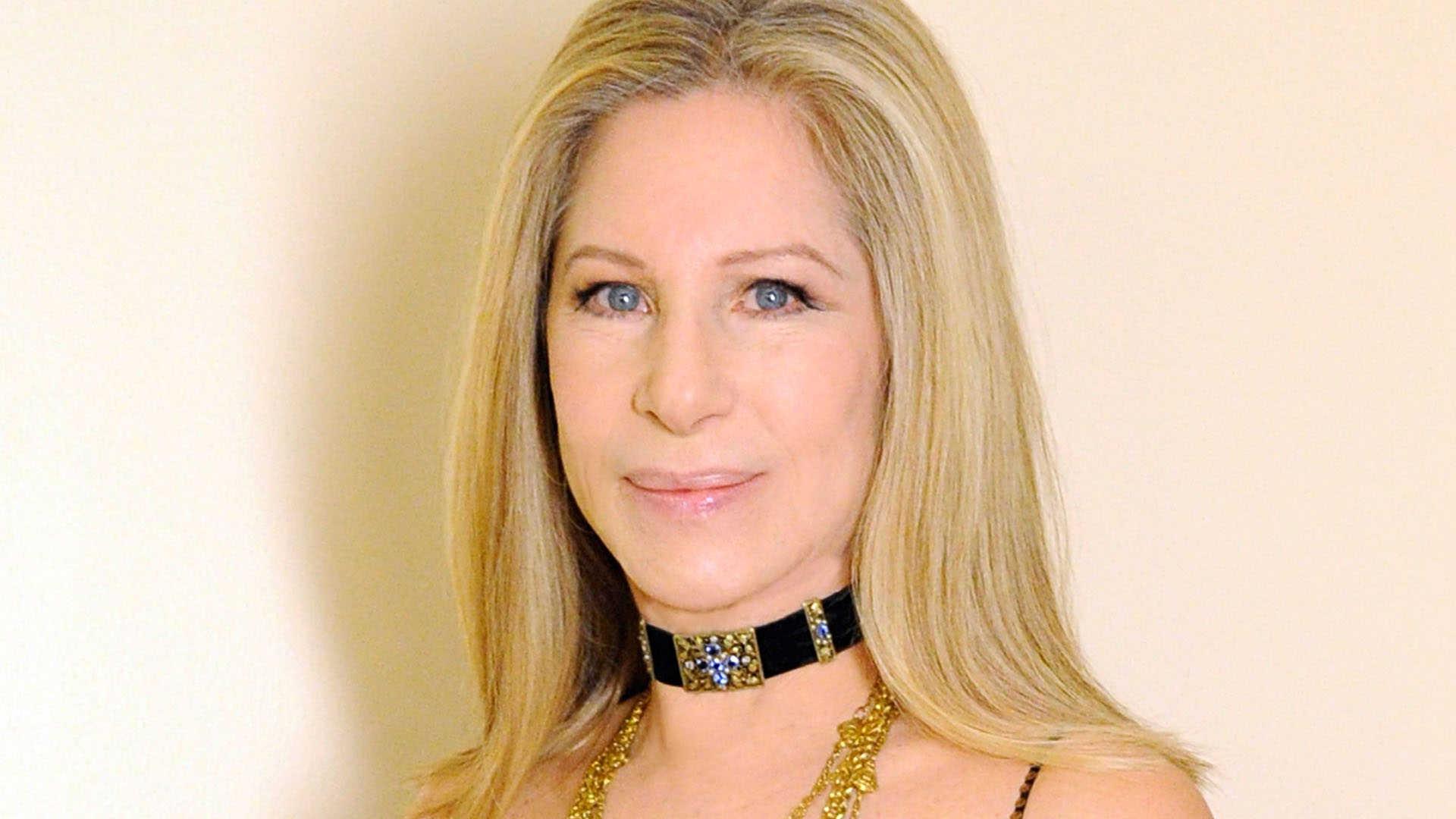 Barbra Streisand Photos
