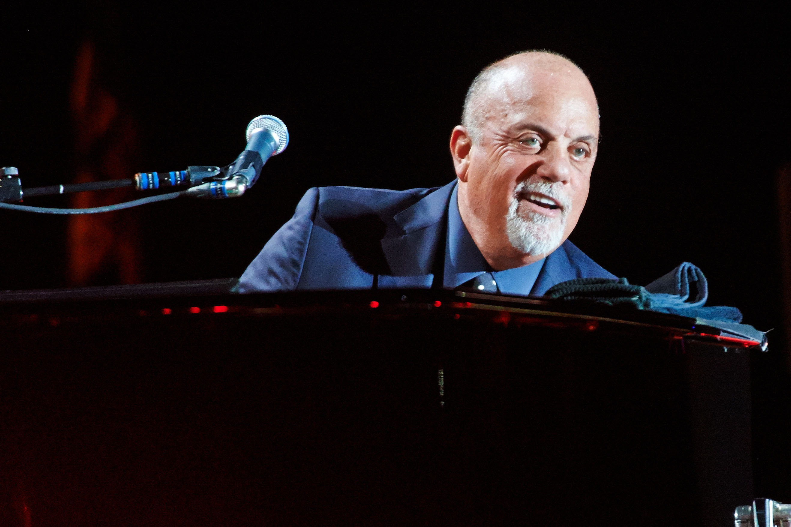 Billy Joel Background