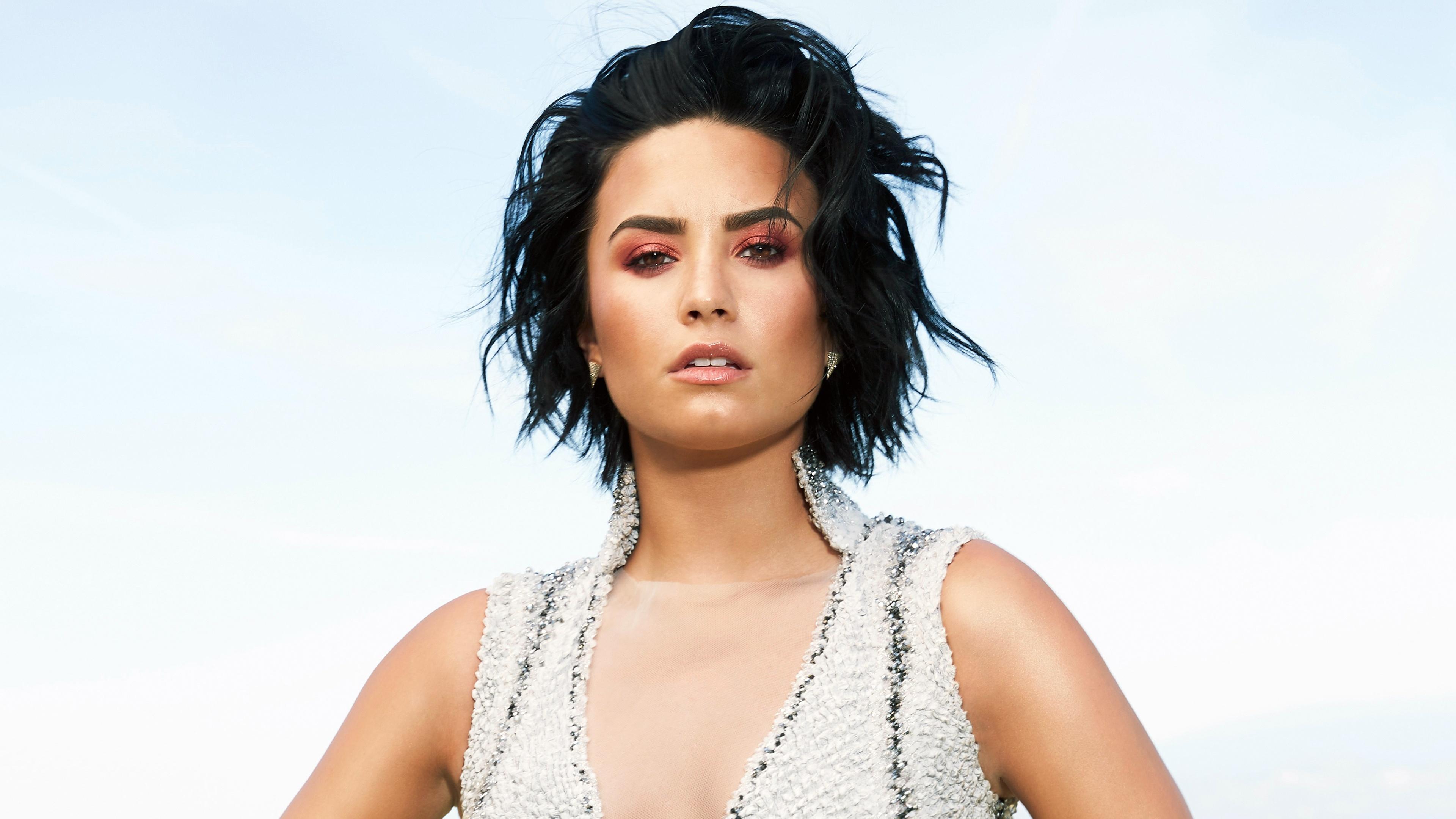 Demi Lovato HD Background