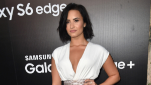 Demi Lovato Short Hd